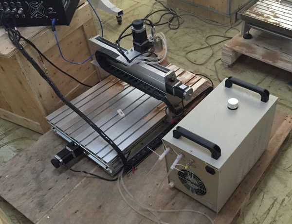 mini CNC router with chiller