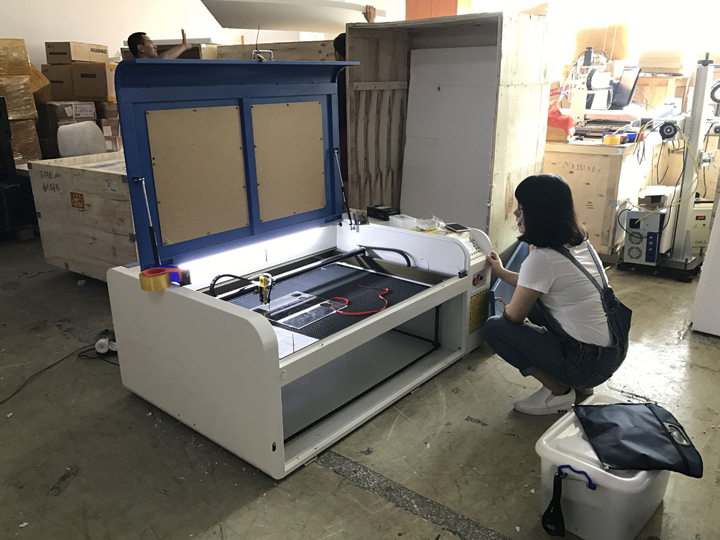 co2 laser engraving machine testing