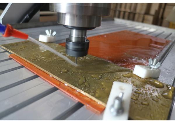 CNC 6090 working